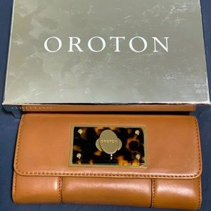 Oroton Majestic Clutch/Long Wallet